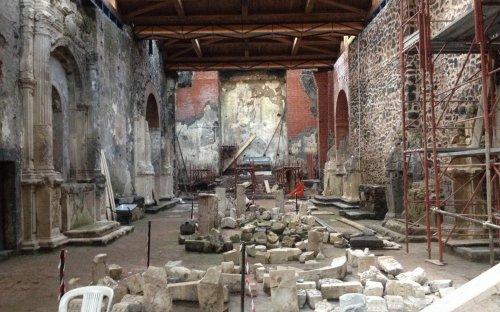 3a campagna di scavi - copertura navata completata ed inizio restauro lapideo (nov.2015)
